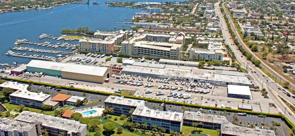 Loggerhead Marina - Lantana: 870 N Federal Hwy, Lantana, FL
