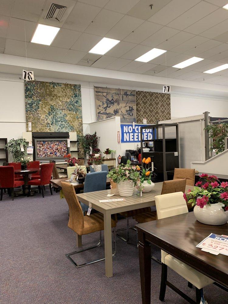 Rooms To Go: 266 Blanding Blvd, Orange Park, FL