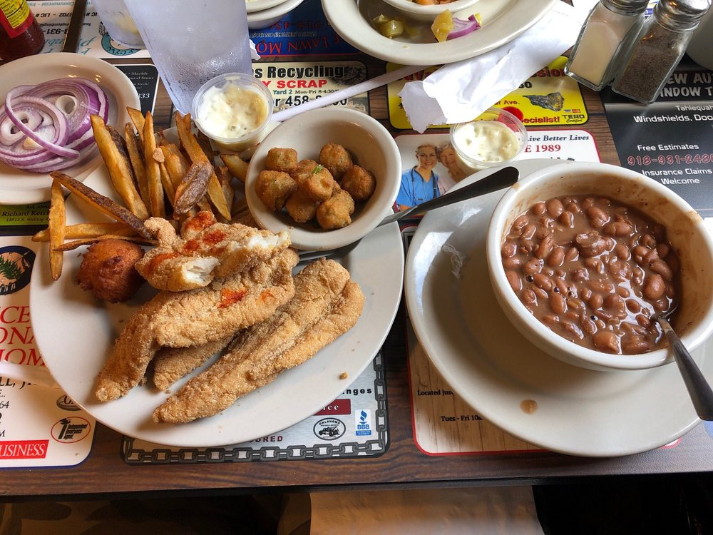 Katfish Kitchen: 1095 E 4th St, Tahlequah, OK