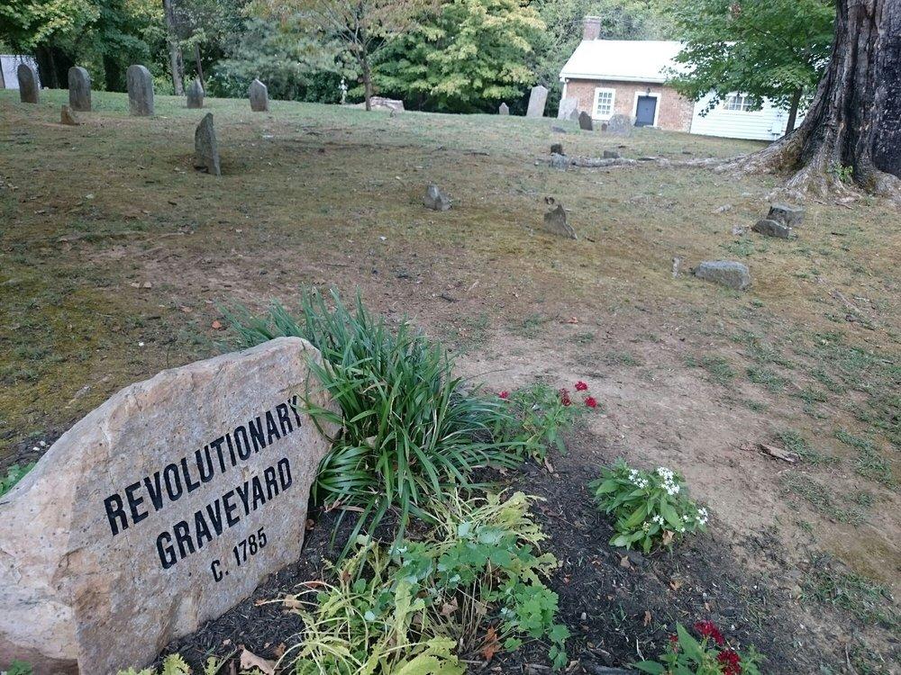 Revolutionary War Graveyard: Dandridge, TN