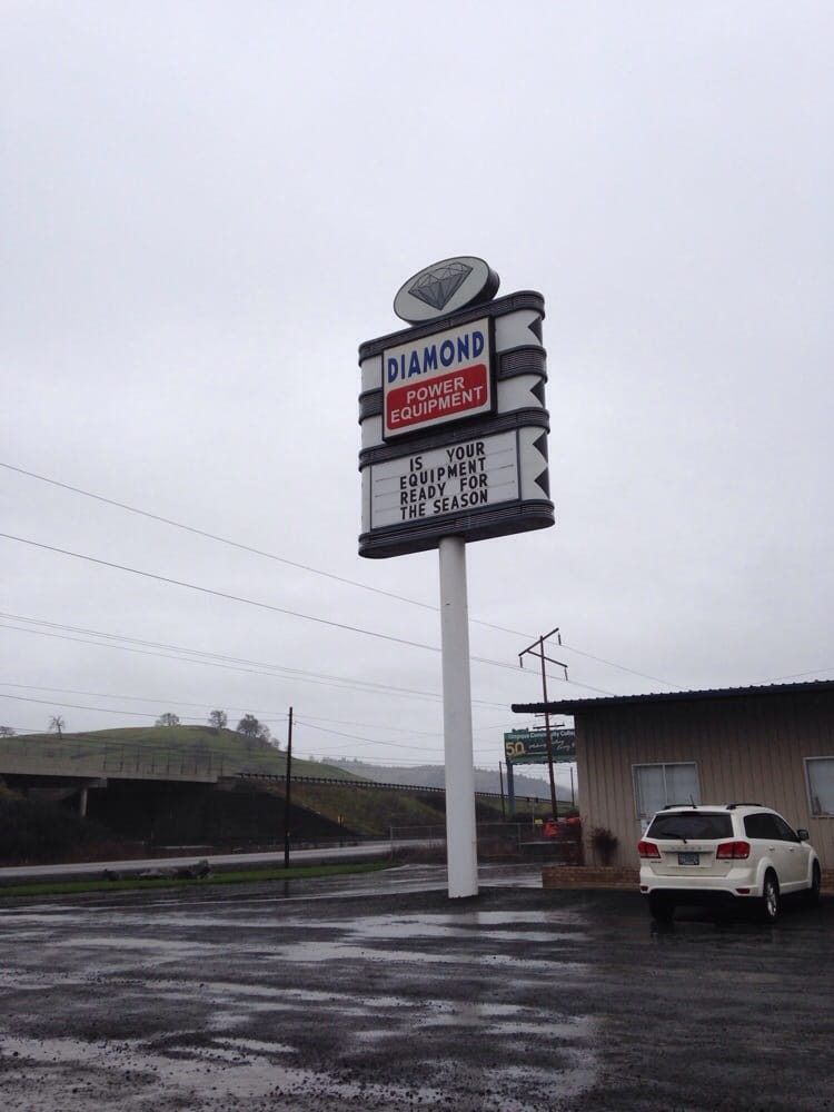 Diamond Power Equipment & Supply: 7445 Old Hwy 99 N, Roseburg, OR