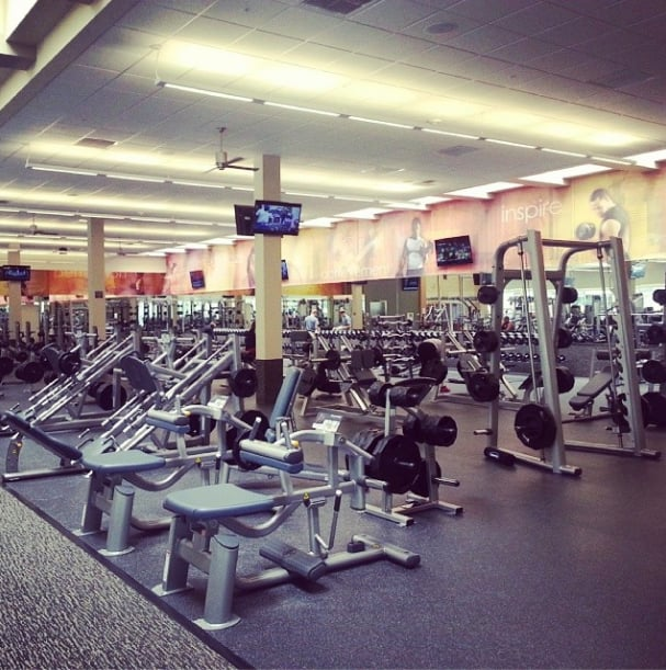 Free Weights Gym Near Me: Free Weight Area