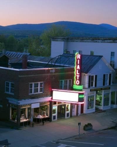 Rialto Theatre: 80 Main St, Lancaster, NH