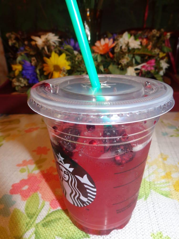 Very Berry Hibiscus Starbucks Refreshers Beverage Grande 345