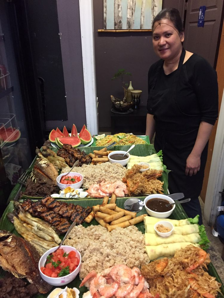 Tropical Hut Philippine Cuisine: 618 Goyeau Street, Windsor, ON