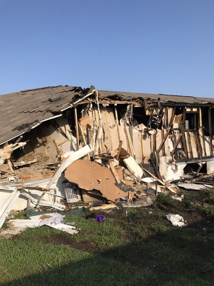 FasTrack Hauling & Demolition: Austin, TX