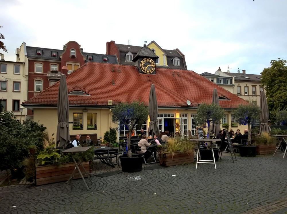 Das markthaus am wilhelmsplatz yelp for Elektriker offenbach