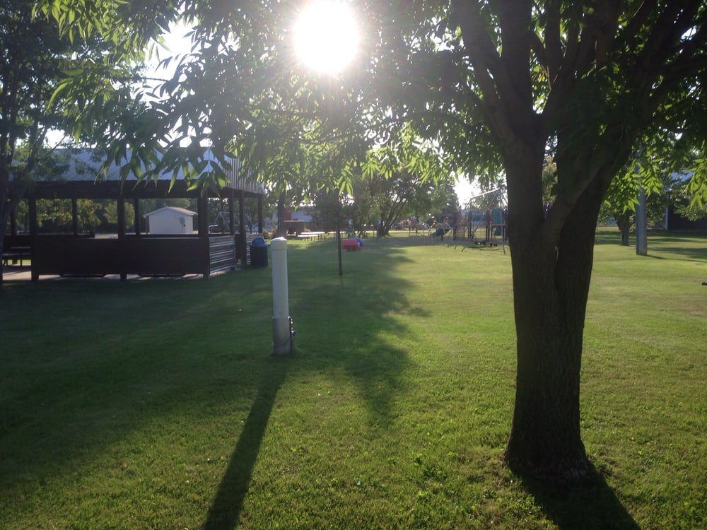 Towner City Park Campground: Main St And Sixth Ave SW, Towner, ND
