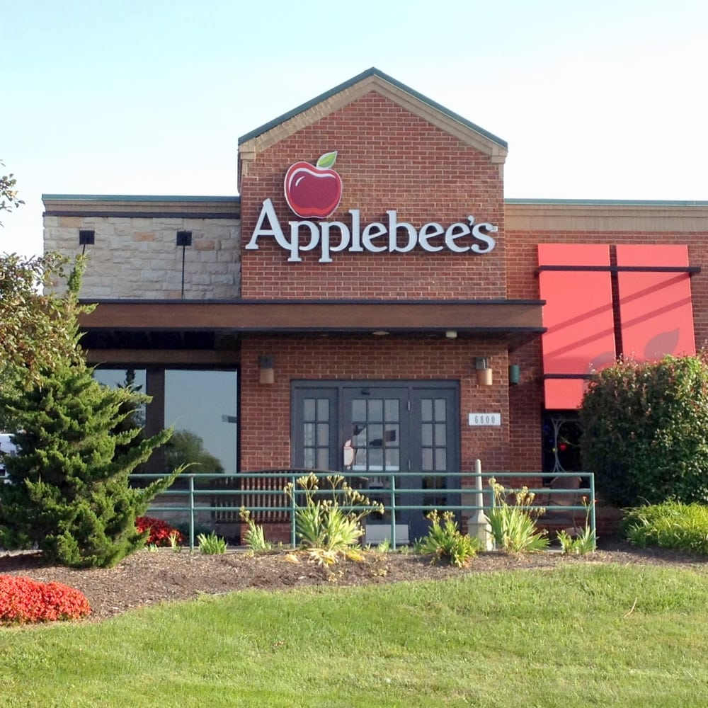 Applebee s 10 photos 32 reviews american traditional 6800 johnson dr mission ks for American exteriors kc