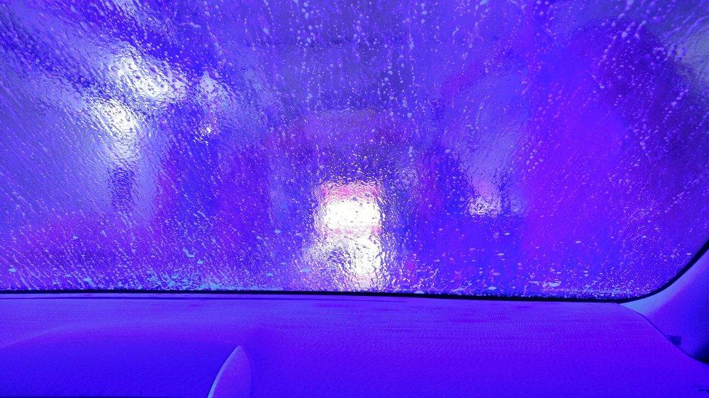 Brite Car Wash: 110 Starlight Dr, Belton, MO