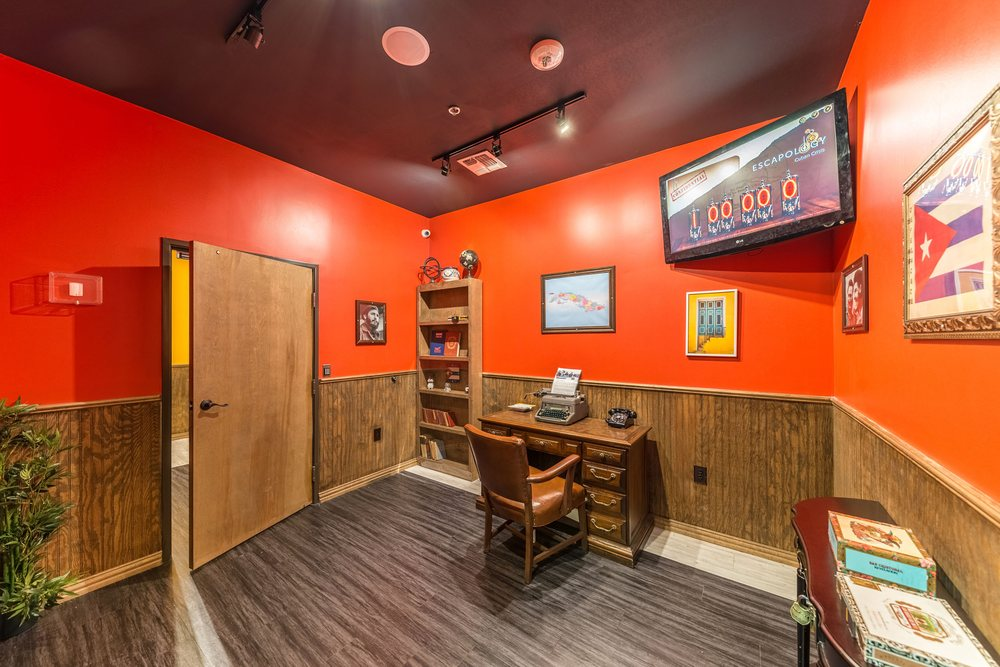 Escapology Escape Rooms Rockwall: 1290 I-30 Frontage RD, Rockwall, TX