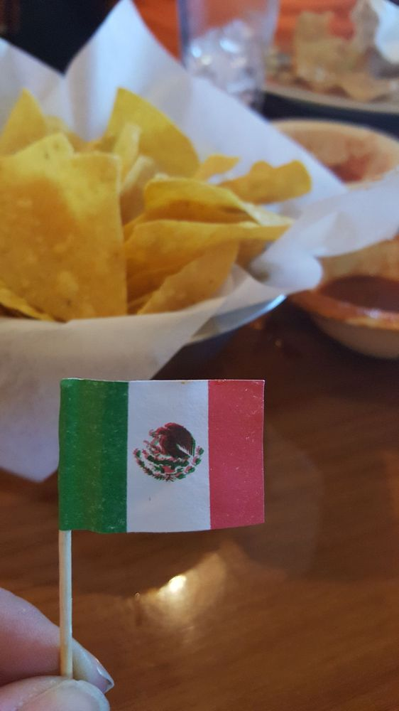 Sierra's Mexican Restaurant: 500 S 3rd Ave, Chatsworth, GA