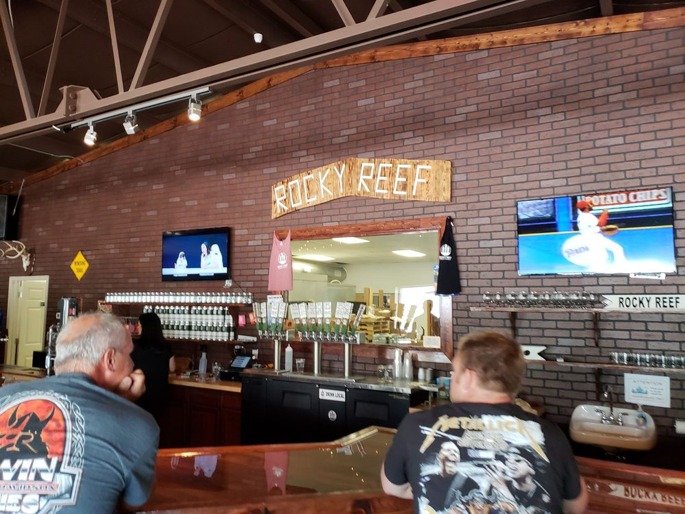 Rocky Reef Brewing Company: 1101 1st Ave, Woodruff, WI