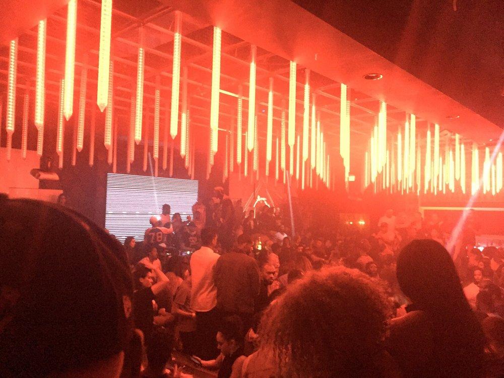International : Scottsdale Champagne Bar & Ultra Lounge
