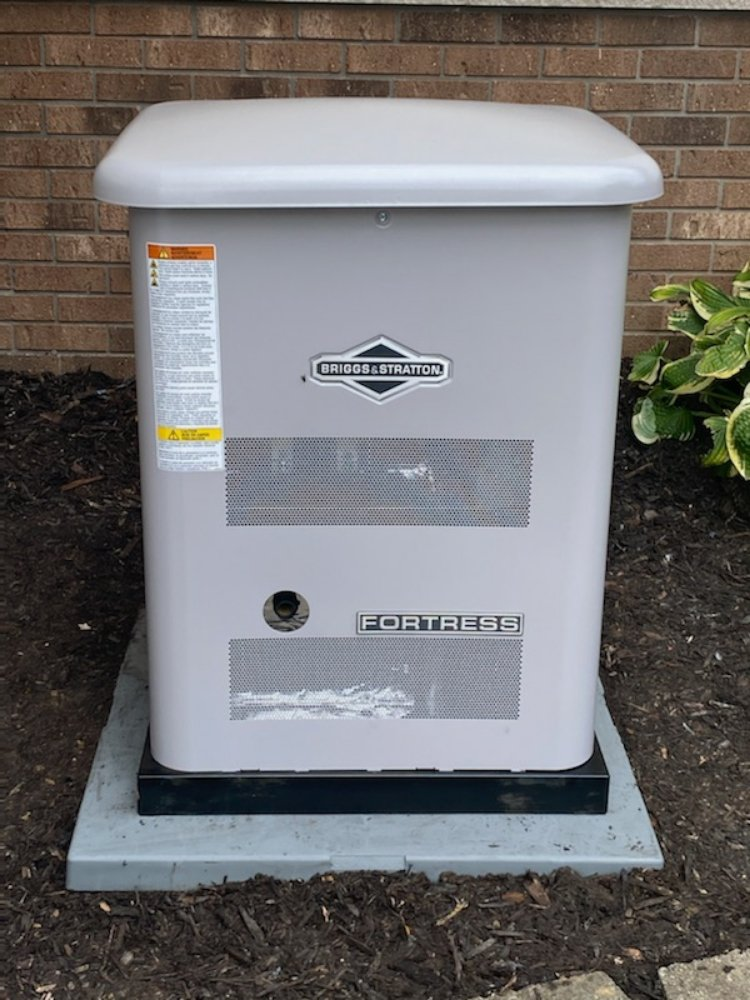 Blackhawk Electric & Generator Sales: 1504 17th St, East Moline, IL