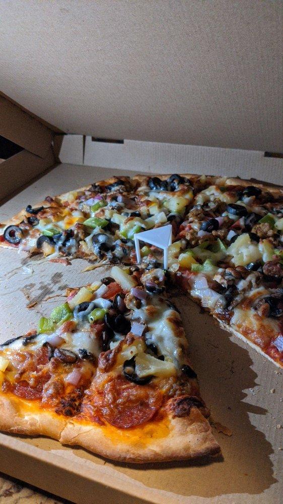 Trinity's Pizzeria: 52510 US-97, La Pine, OR