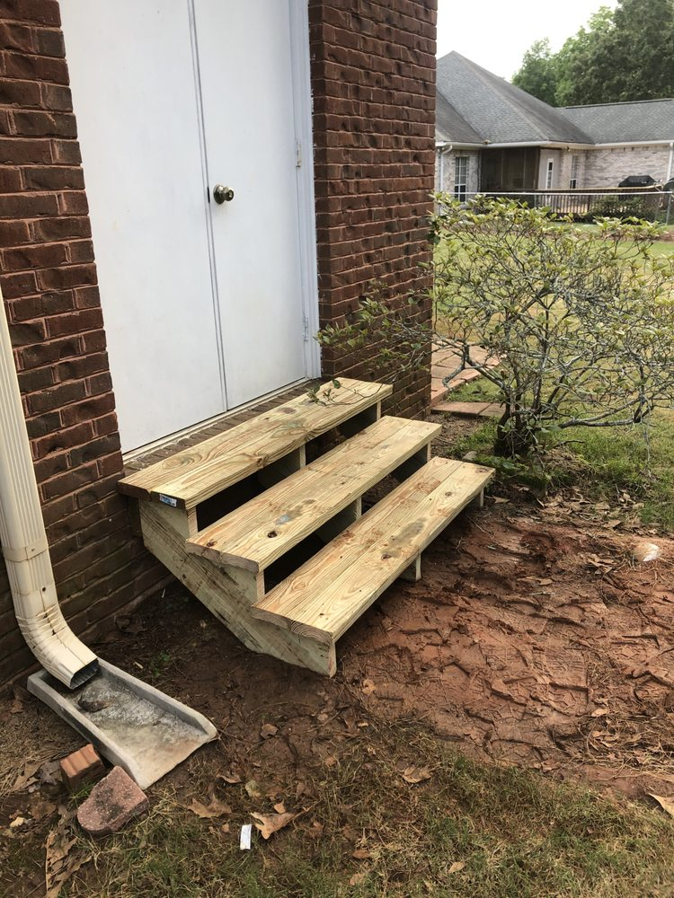 Walker Decking and Home Services: Opelika, AL