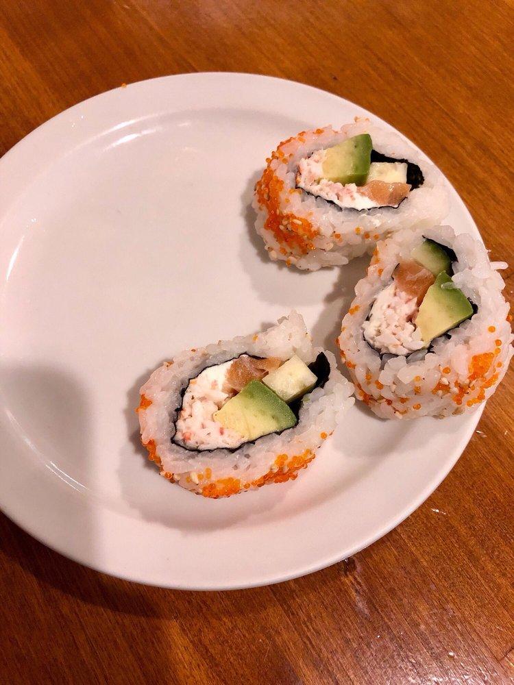Pataya Sushi: 290 N Yenlo St, Wasilla, AK
