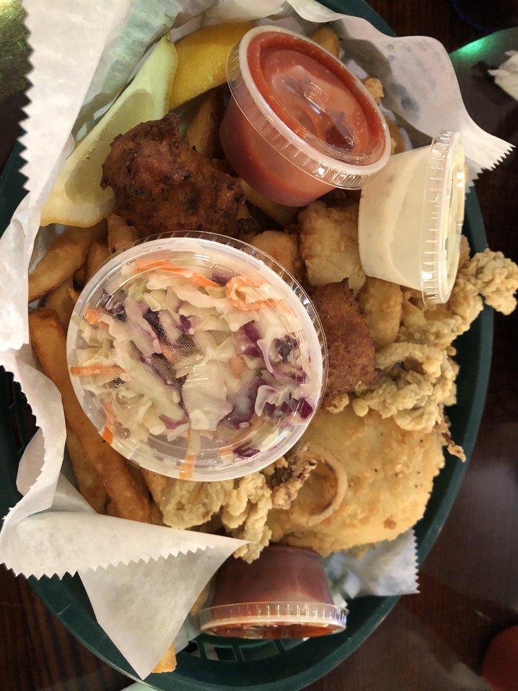 Down By The Bay Cafe: 11720 US Hwy 19, Port Richey, FL