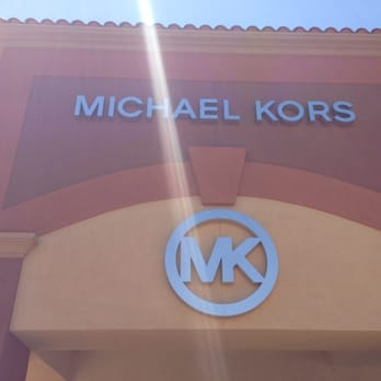 michael kors outlet palm springs