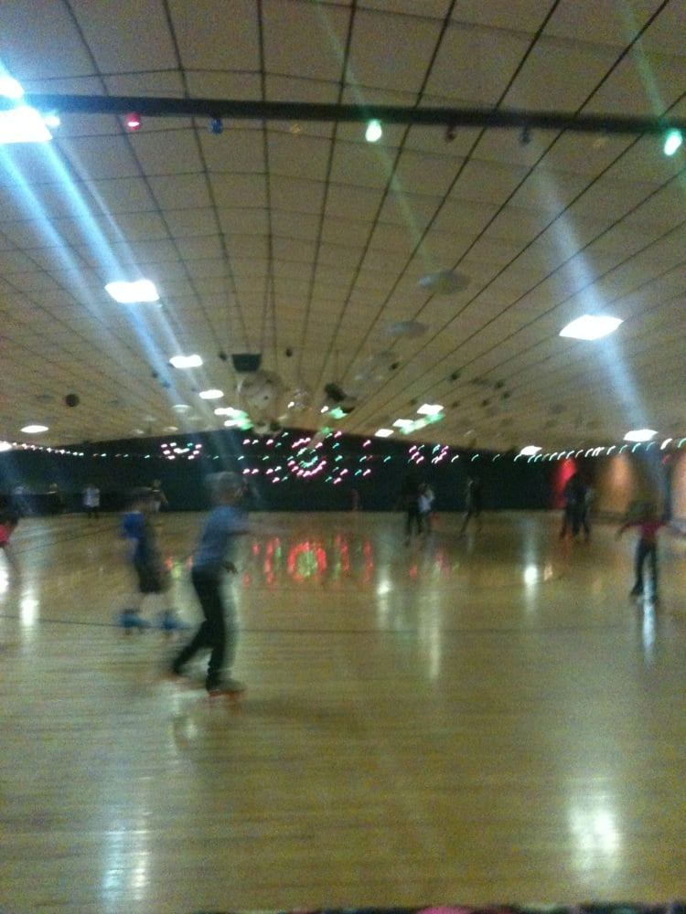Skate Land USA Skating Rinks Clemson Blvd Anderson SC - Roller skating rink flooring for sale