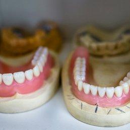 Zahnzentrum Wedding - Dentists - Müllerstr  34 a, Wedding