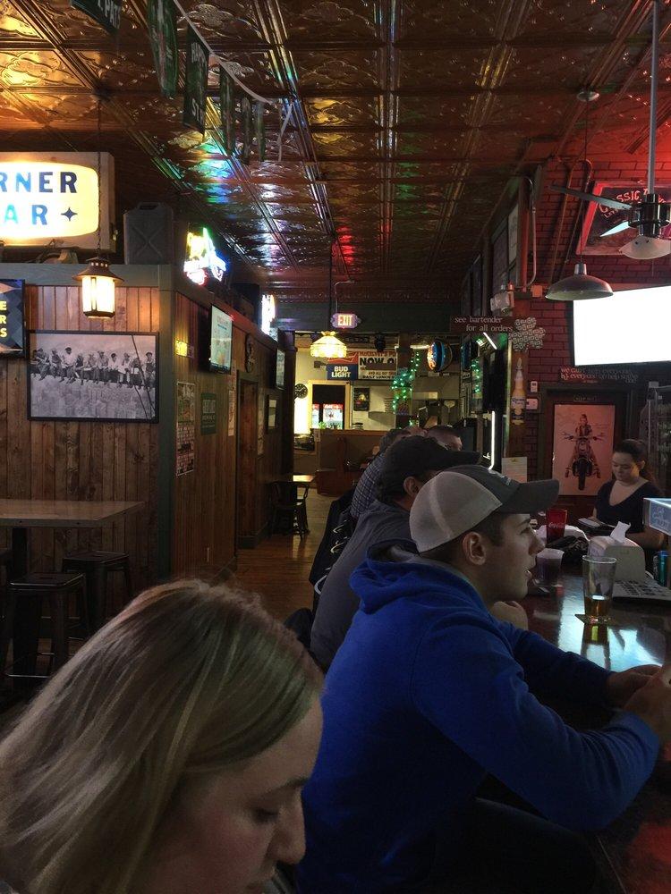 McKelvey's Pub: 196 W Jackson St, Millersburg, OH