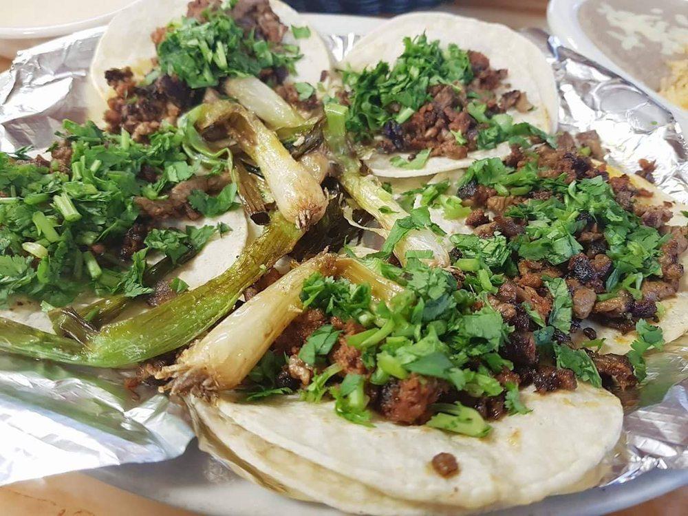 La Ruleta Mexican Restaurant: 1189 S Main St, Sikeston, MO
