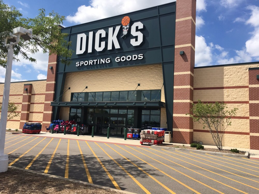 DICK'S Sporting Goods: 1608 E Empire St, Bloomington, IL