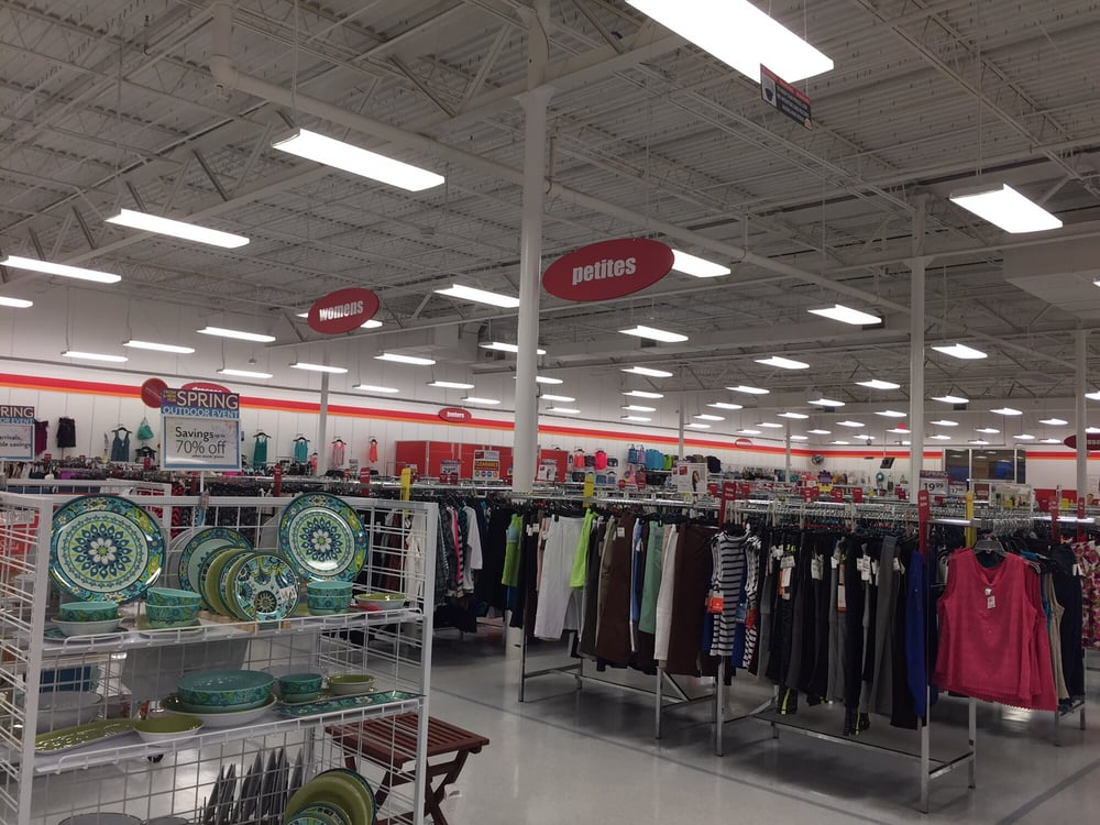 I have been shopping at Bealls Outlet for over 20 years starting in Florida. I was happy to see them expand in AZ a few years back. I personally was disappointed and miss their old stores and.