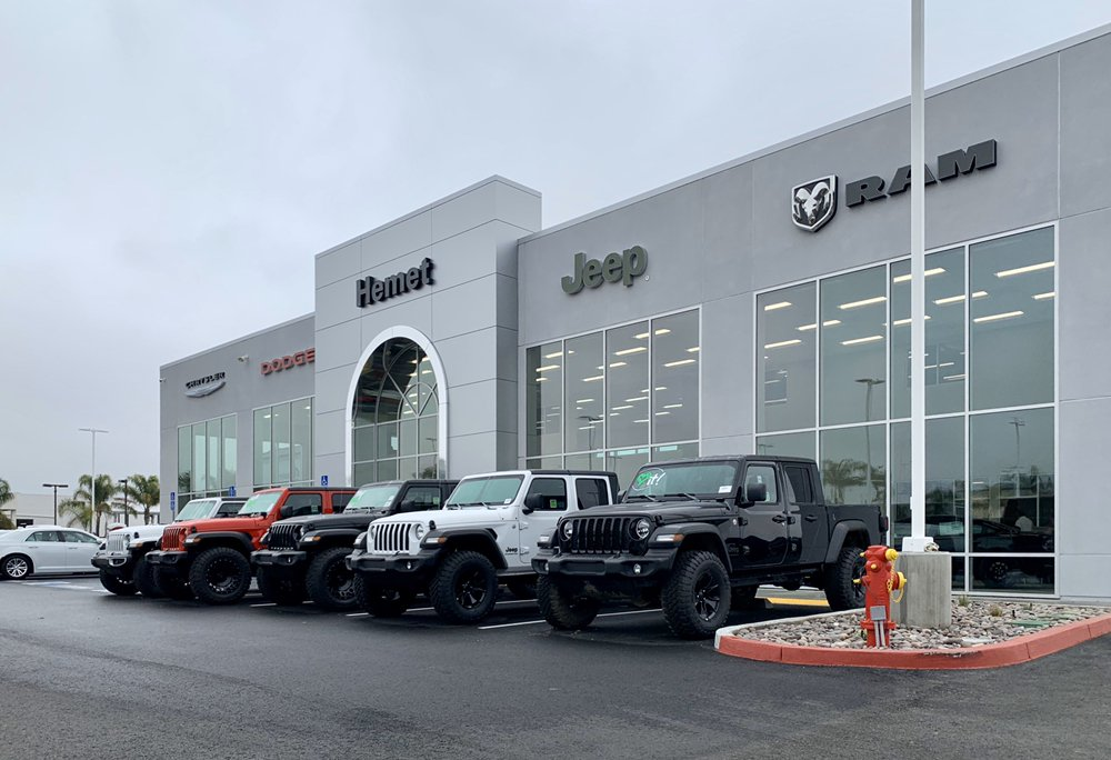 Hemet Chrysler Dodge Jeep Ram: 425 Motor Way, Hemet, CA