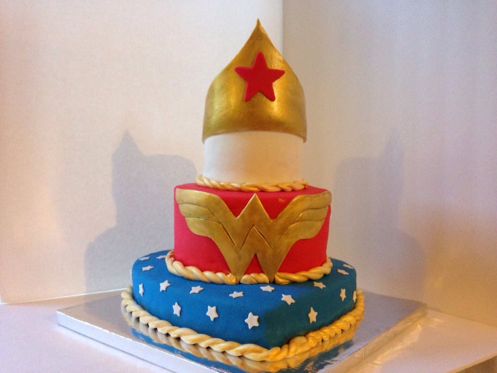 A Wonder Woman 40th Birthday Cake Youre Never Too Old For Wonder