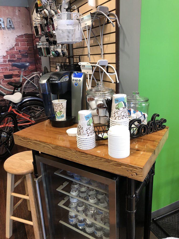 Cycling Republic: 2397 S Randall Rd, Algonquin, IL
