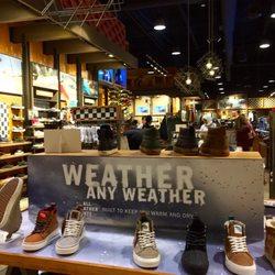 9d8dd3213a Vans - 84 Photos   47 Reviews - Shoe Stores - 20 City Blvd W