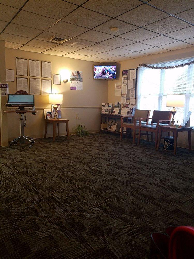 Mars Medical Center-Upmc: 123 Grand Ave, Mars, PA