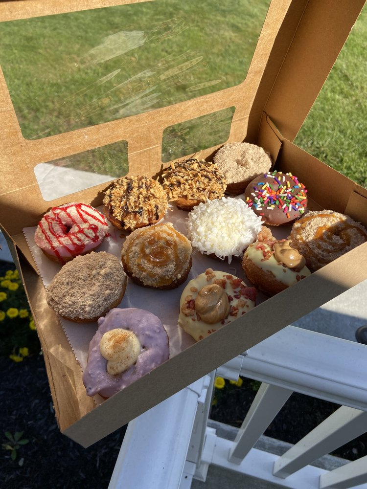 Peace, Love and Little Donuts of Massillon: 1411 Amherst Rd NE, Massillon, OH