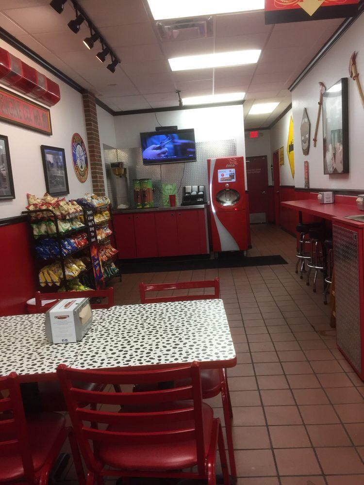 Firehouse Subs: 6310 Calhoun Memorial Hwy, Easley, SC