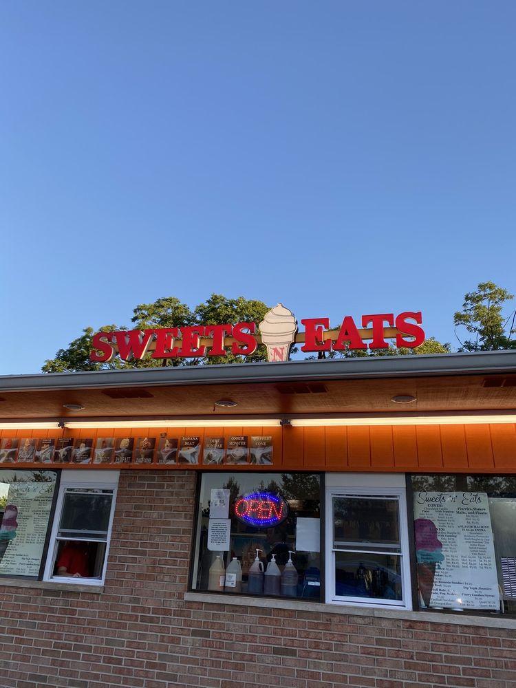 Sweet's N Eat's: 4719 Delhi Ave, Cincinnati, OH