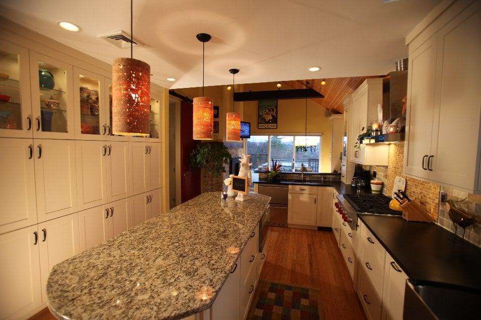 Showcase Kitchens: 259 Albany Tpke, Canton, CT