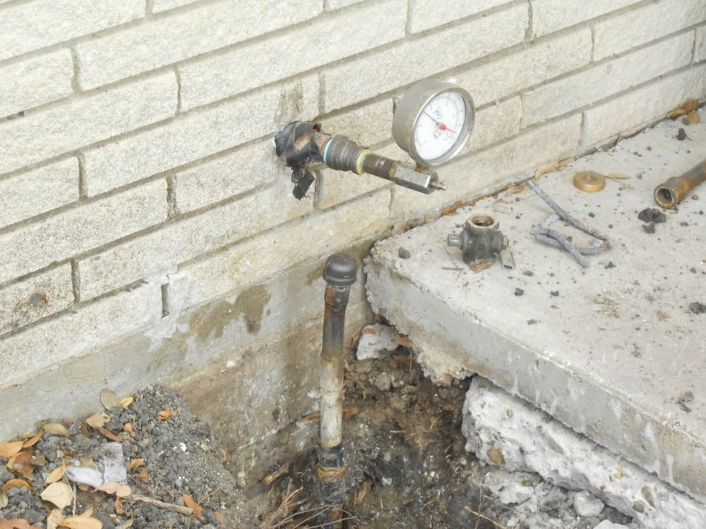 Monty's Plumbing & Septic Tank Service: 1401 N Victoria Ave, Iowa Park, TX