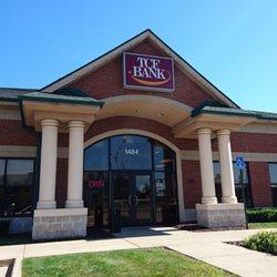 TCF Bank - Banks & Credit Unions - 1484 Coolidge Hwy, Troy