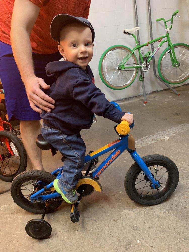 EaDo Bike Co