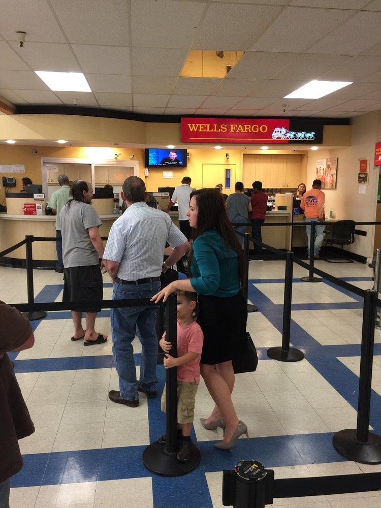 Wells Fargo Bank: 7477 Watt Ave, North Highlands, CA