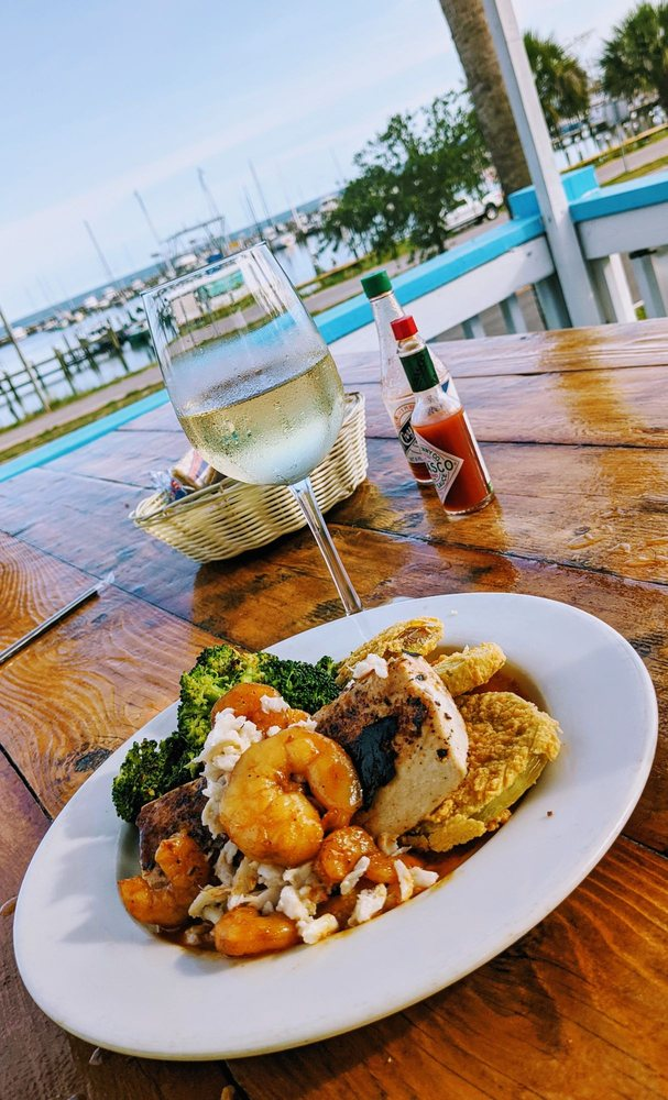 Bacchus On The Beach: 111 W Scenic Dr, Pass Christian, MS