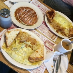Photo Of Martin S Country Kitchen Elizabethtown Pa United States Omelettes And Blueberry