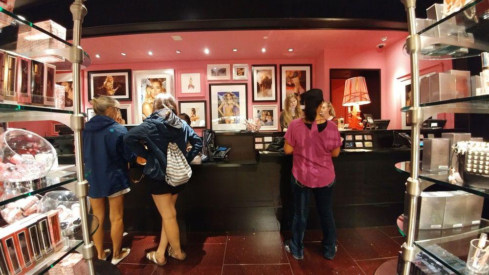 Victoria's Secret: 4742 River City Dr, Jacksonville, FL