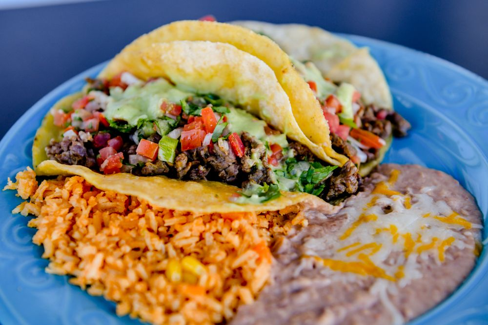 Macarena's Mexican Food: 416 E Mill St, Liberty, MO