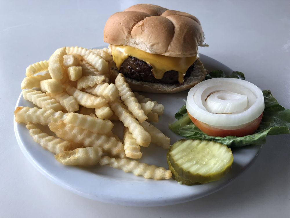 Bopp's Bar and Grill: 103 E Front St, Harvard, IL
