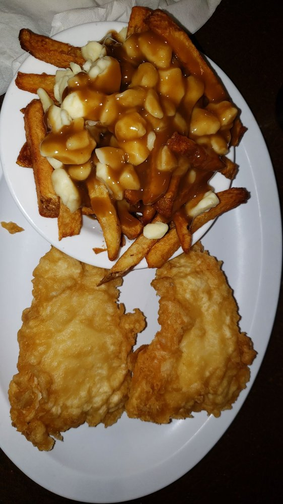 Sir Cedric's Fish & Chips: 468 University Avenue W, Windsor, ON