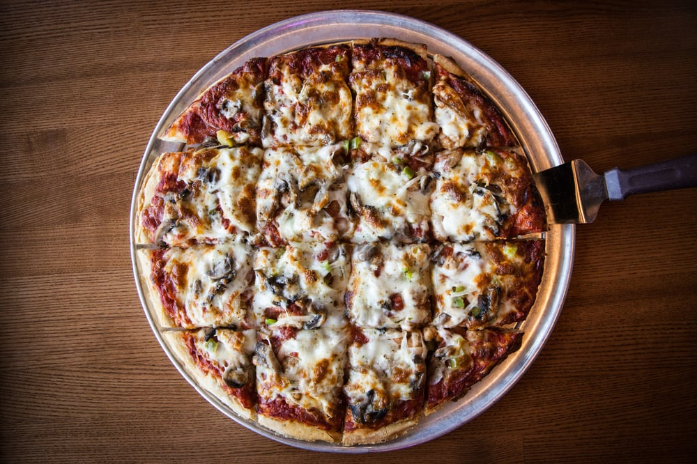 Beer Barrel Pizza & Grill: 1200 Indiana Ave, St. Marys, OH